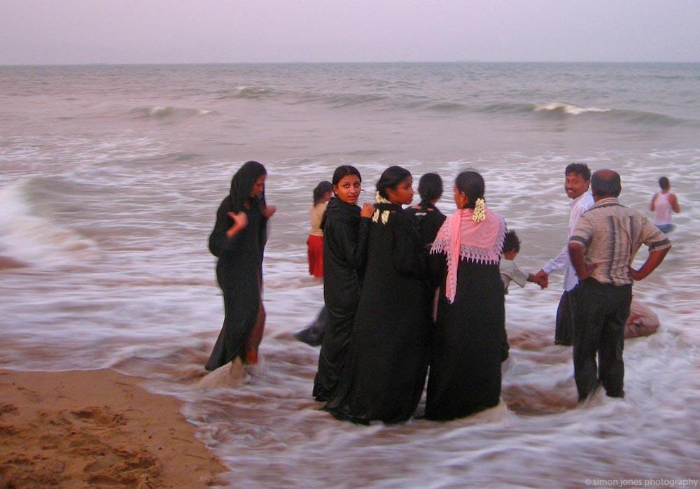 madras muslim girl personals Meet thousands of beautiful single women online seeking men for dating, love, marriage in chennai.