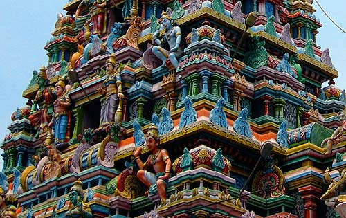 The roof of just one of the many temples in Tiruvannamala.