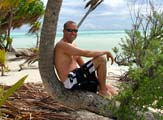 Simon Jones in Aitutaki