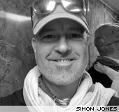 Simon Jones